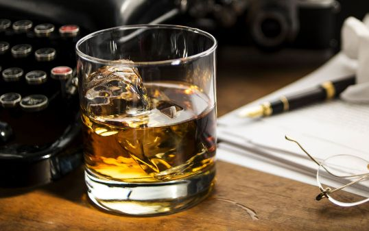 Las historias femeninas sobre el alcoholismo